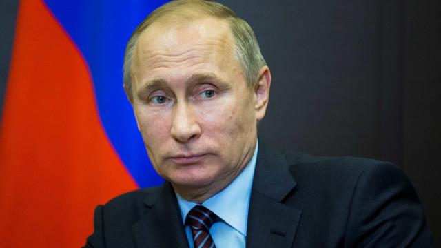 Putin coloca-se ao lado de iniciativa 'Uma Faixa, Uma Rota'