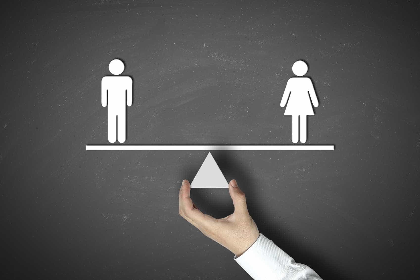 Portugal na média da UE de mulheres em cargos de gestão mas abaixo noutra