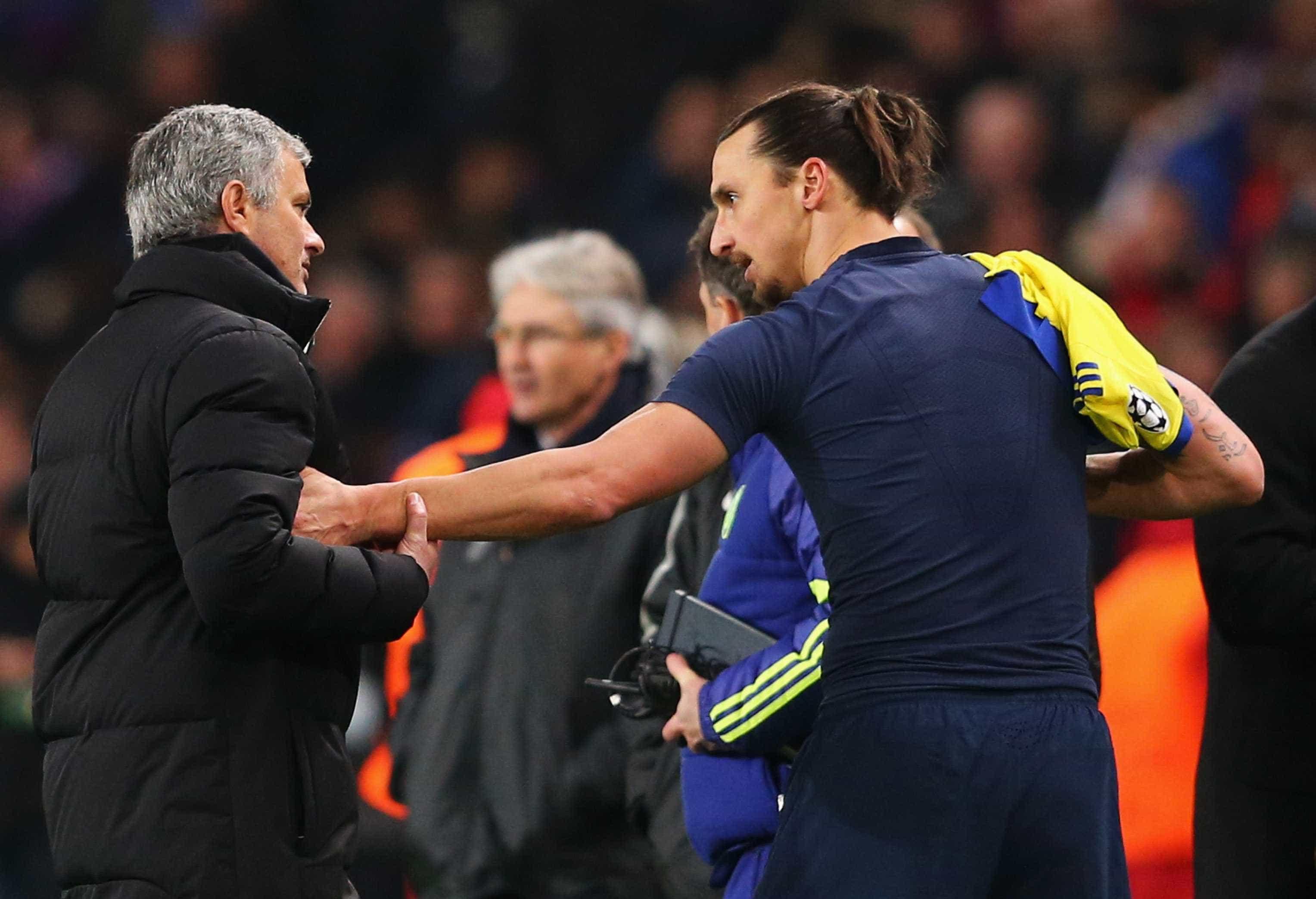 """O dia em que Mourinho 'rasgou' Ibra no balneário: """"Devias ter vergonha"""""""