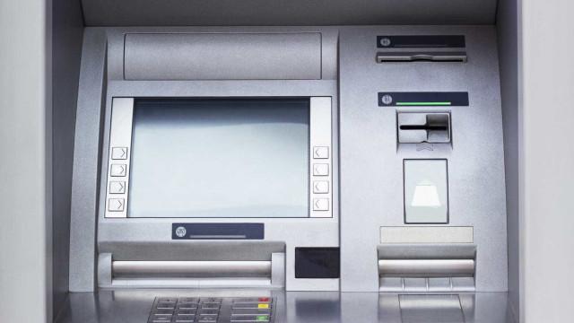Como carregar os novos passes de Lisboa no Multibanco? Autarquia explica