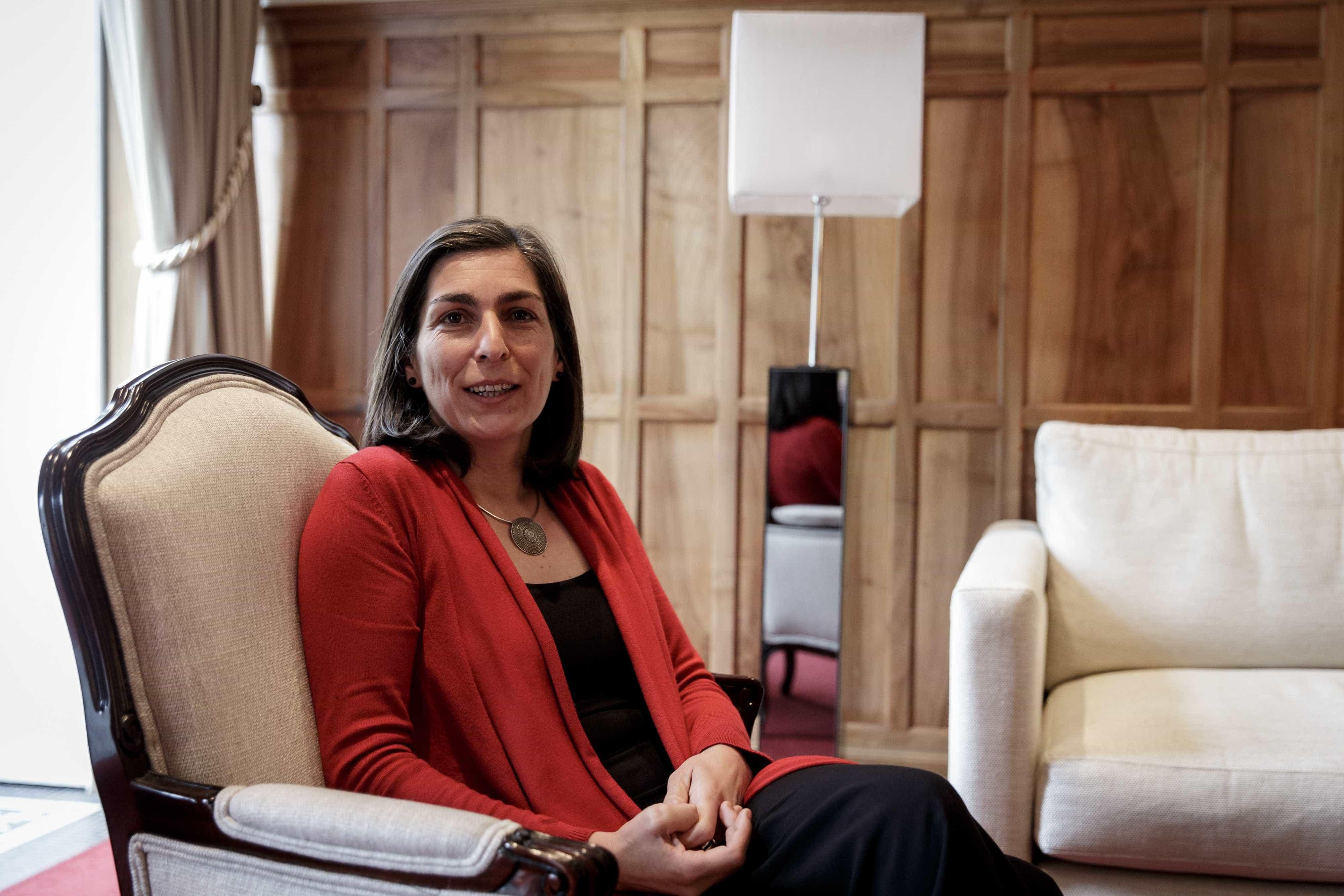 """Ana Catarina Mendes acusa Rio de prestar """"um mau serviço à democracia"""""""