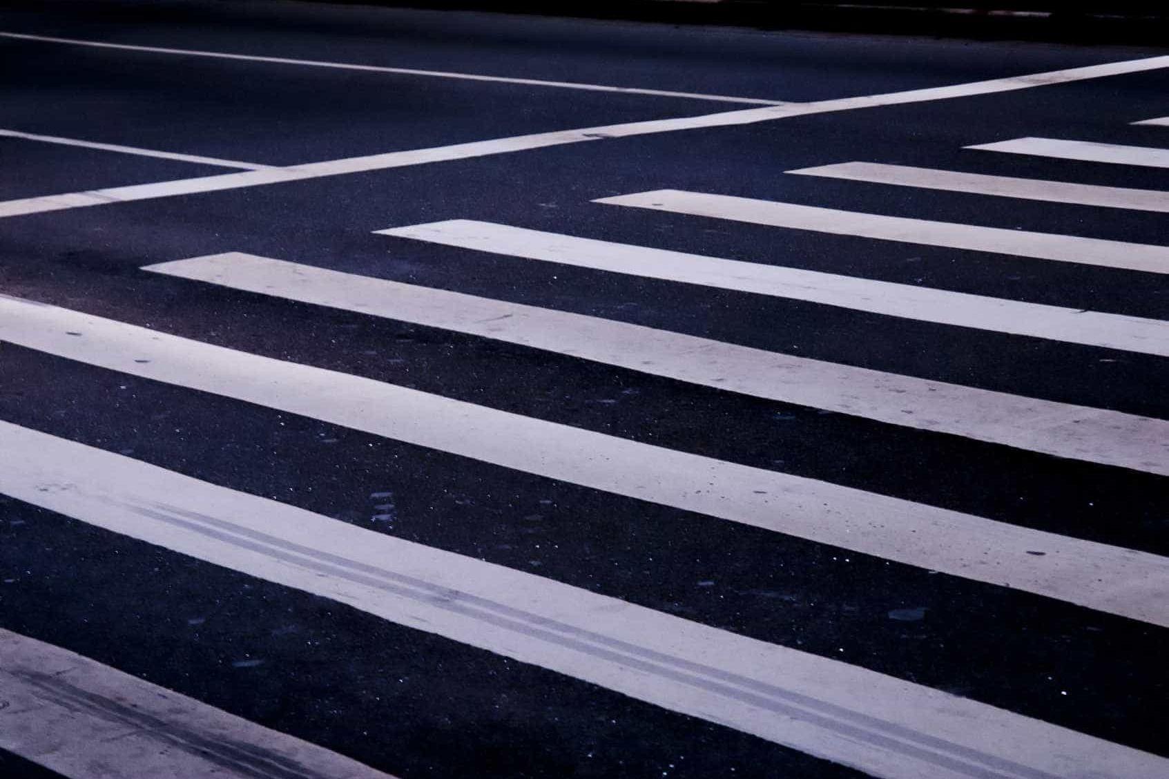 Idoso morre atropelado em passadeira em Braga. Condutor está em fuga