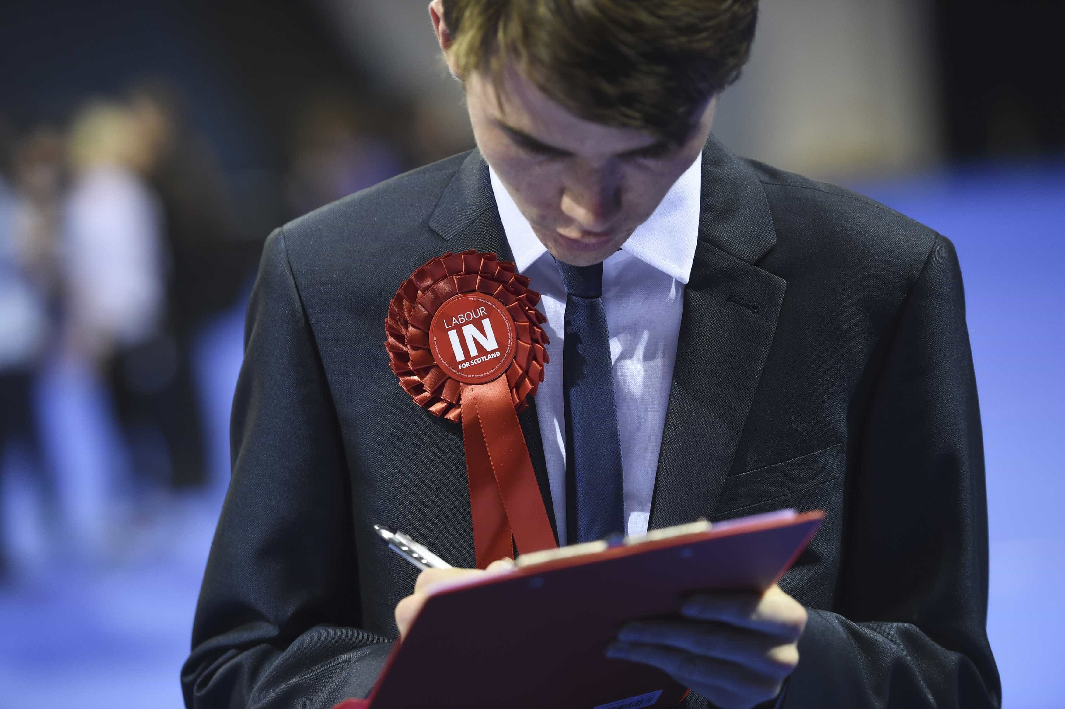 Brexit: Desemprego no Reino Unido cai para 3,9%, mínimo desde 1975
