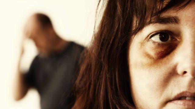 """Bloco sobre violência doméstica: Portugal """"não é seguro para mulheres"""""""