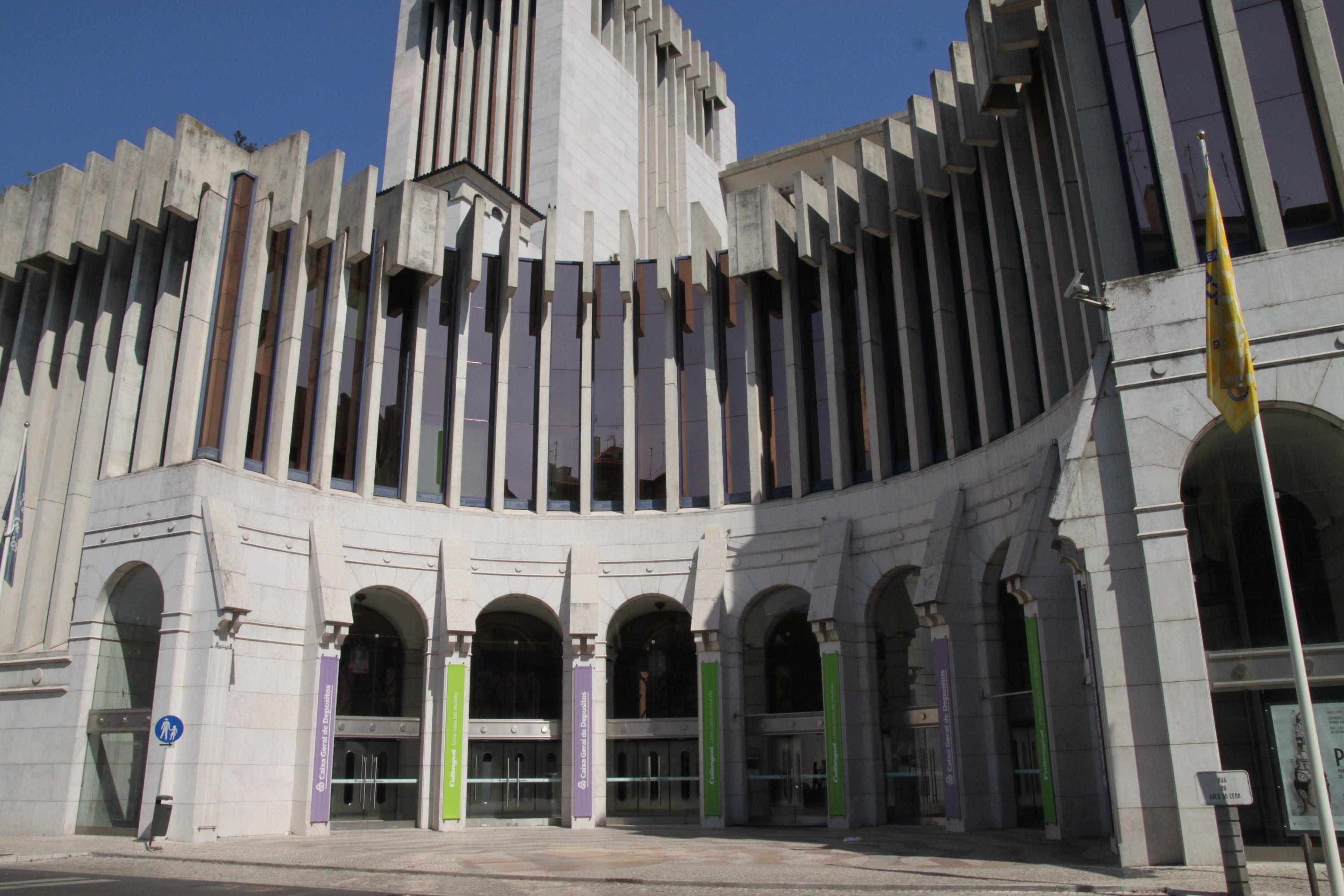 'Crowd' apresenta metáfora da sociedade contemporânea em Lisboa