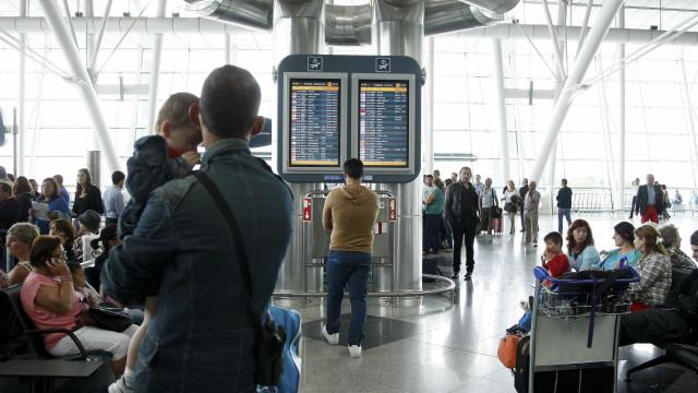Tráfego de passageiros nos aeroportos portugueses cresce 6,2%
