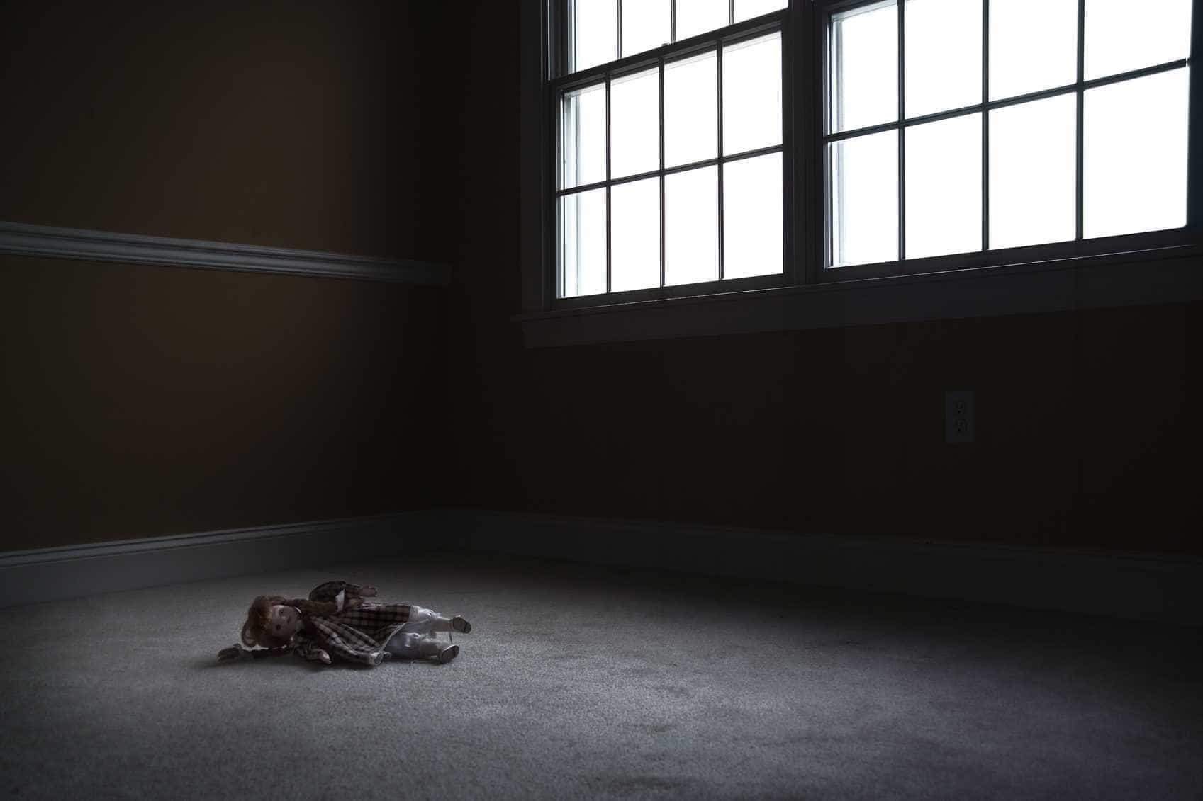 Jovem detido por suspeita de abusar de irmã de cinco anos