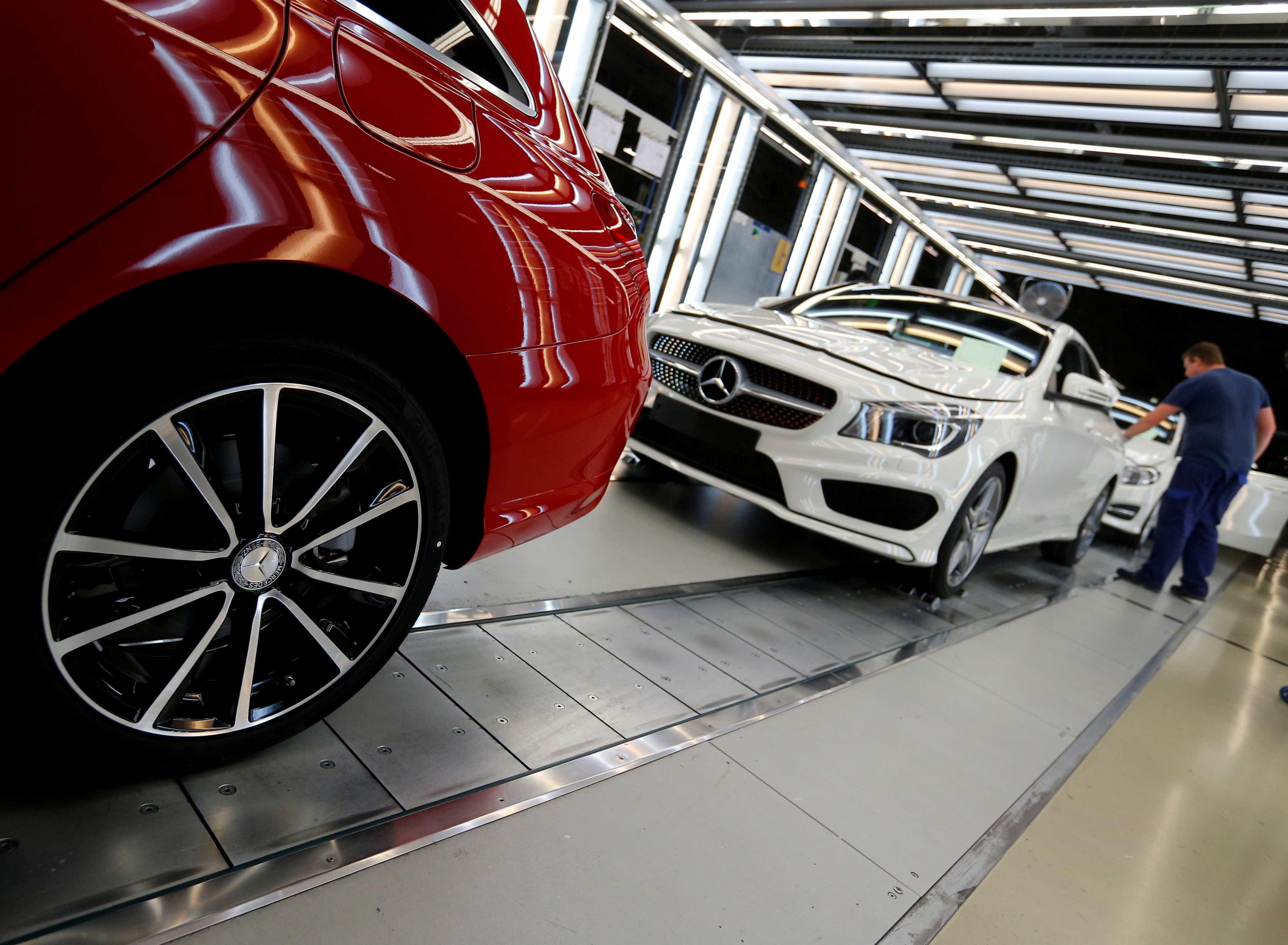 Produção de automóvel cresce 33% em fevereiro para 31.852 veículos