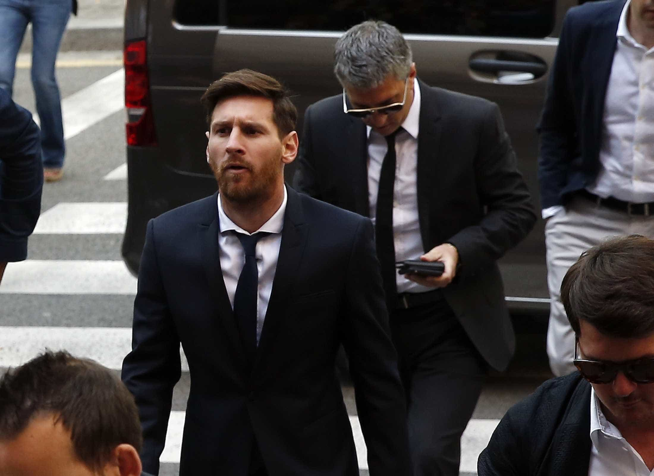 Pai de Messi detido após acidente de viação