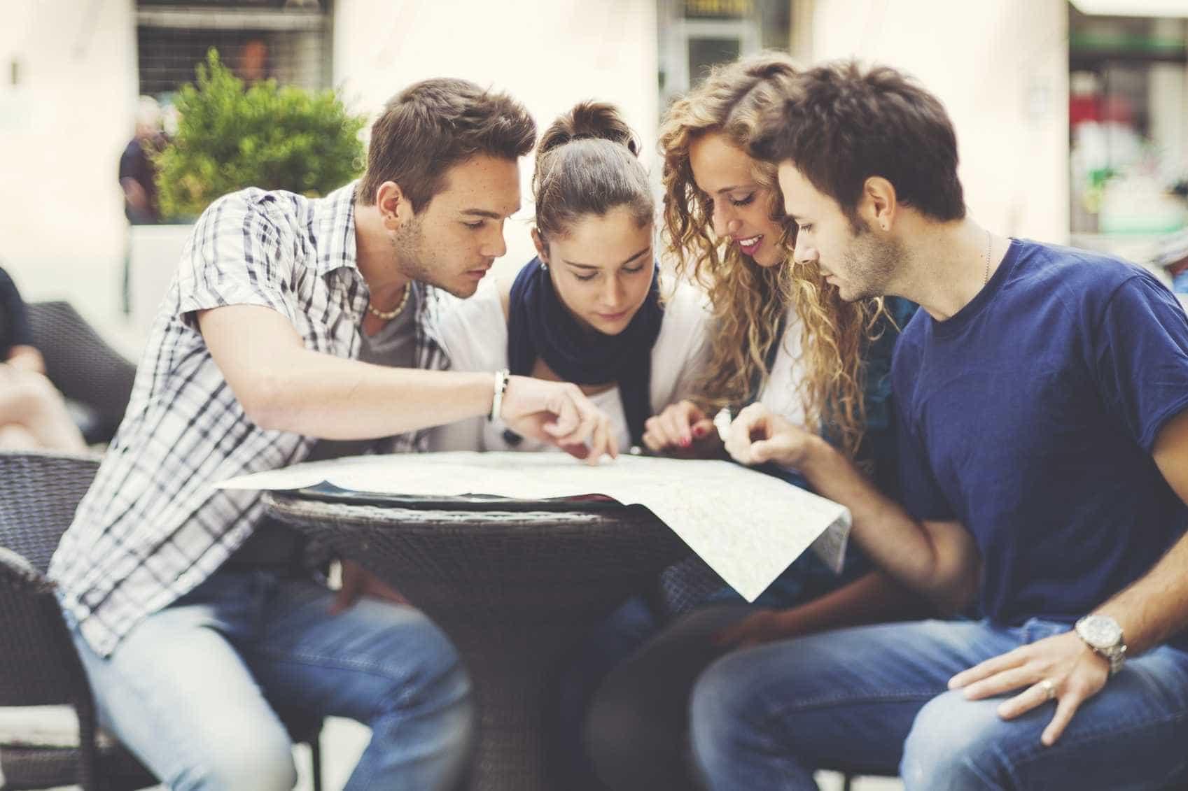 Medo de estudar em Inglaterra após Brexit? Empresa ajuda alunos