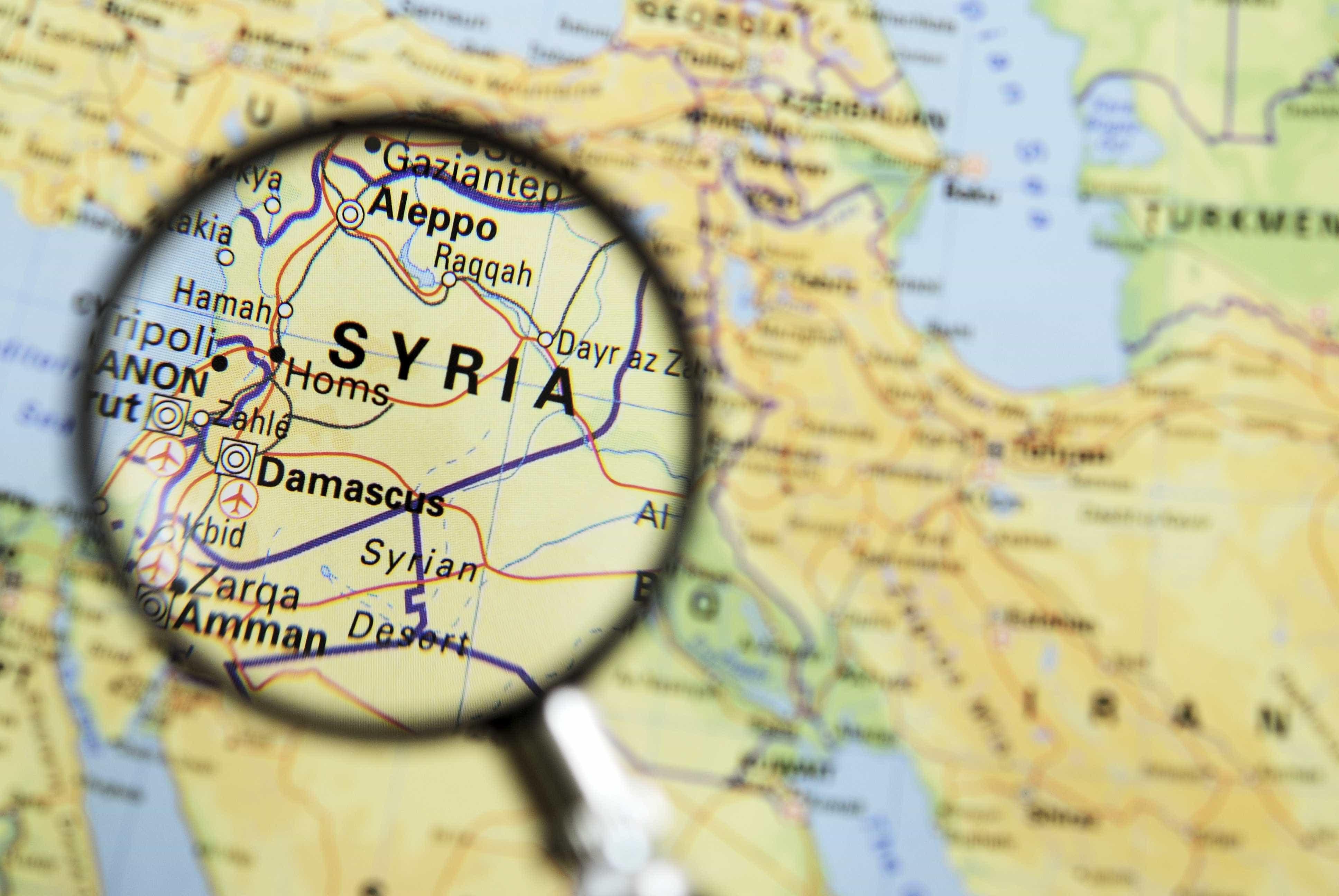 """Síria: Curdos têm detidos 'jihadistas' """"dos cinco continentes"""""""