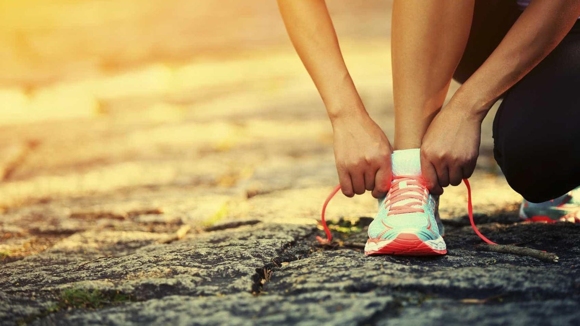 435751bd2a4 O melhor para correr são… sapatilhas sem calcanhar