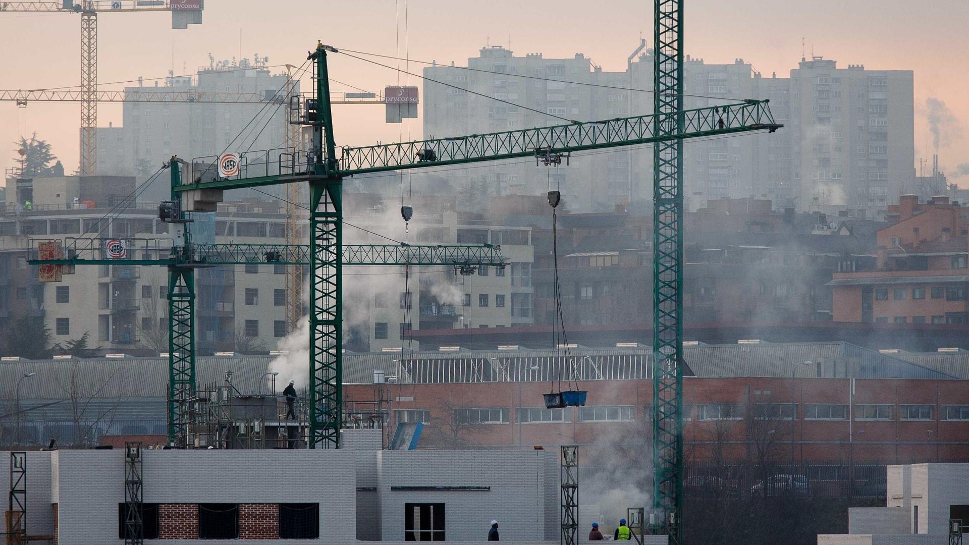 Produção na construção aumenta em julho na zona euro e UE