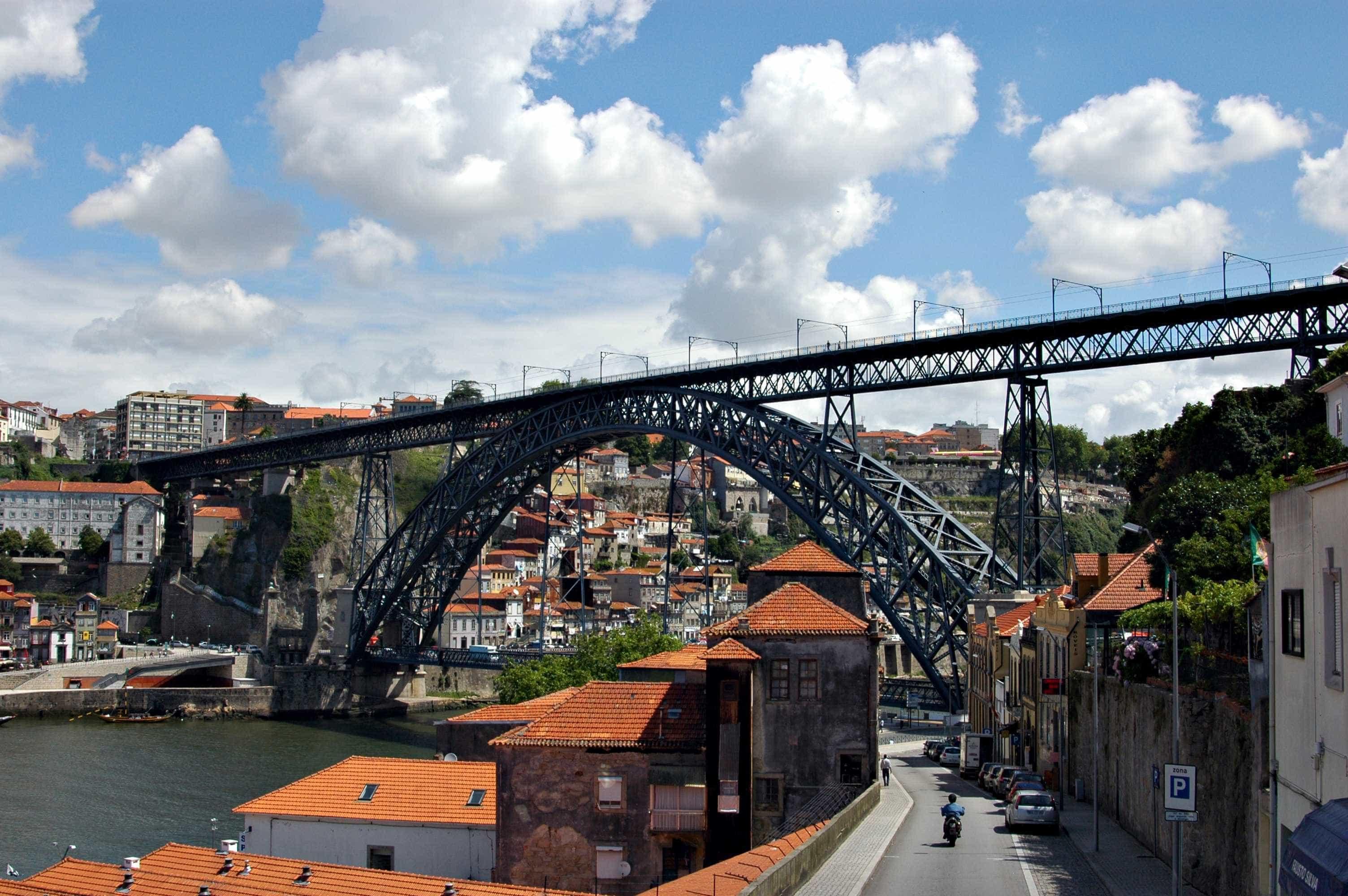 Concurso para novas composições para Metro do Porto lançado este mês