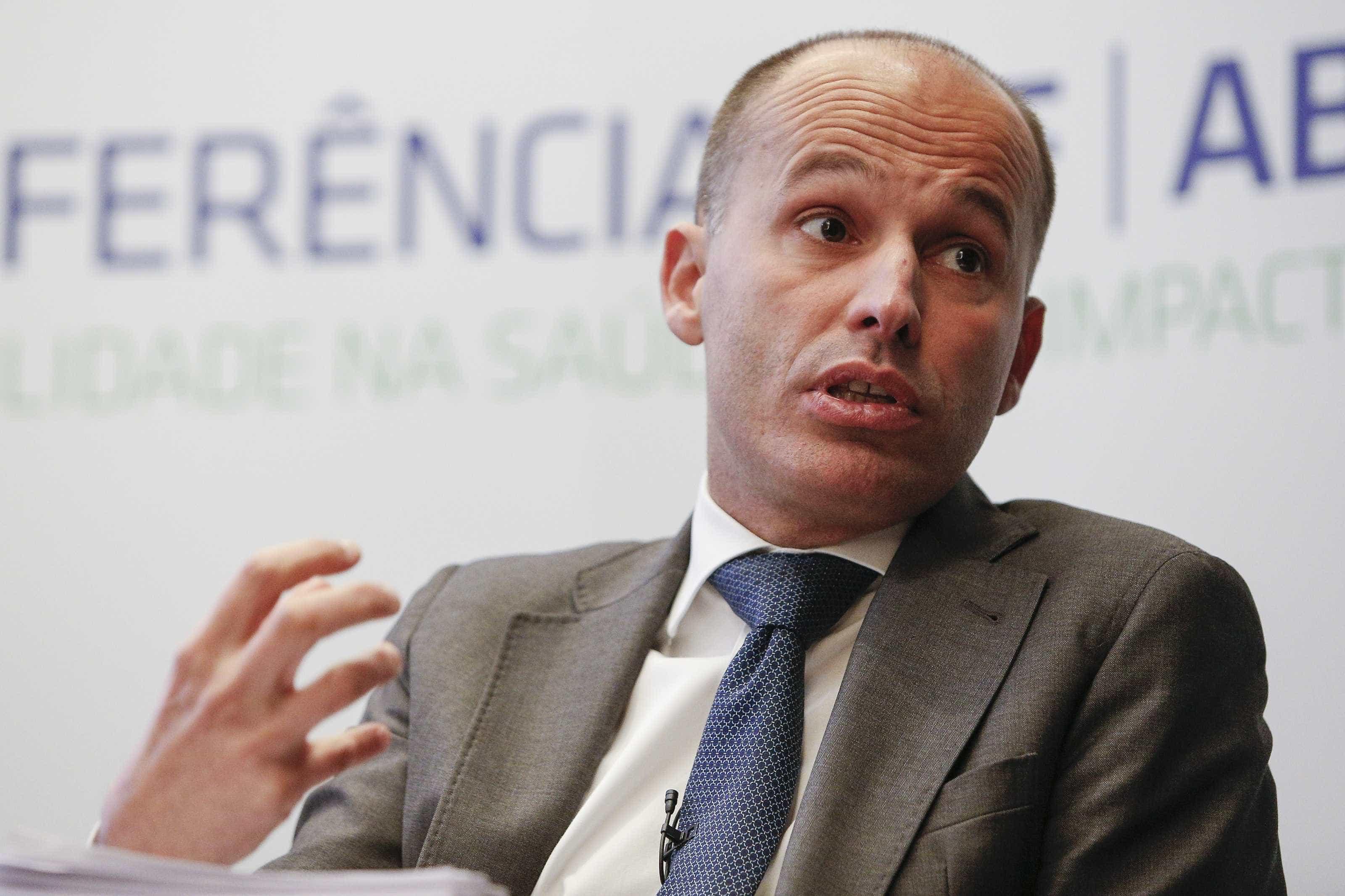 CDS-PP acusa Governo de desperdiçar fundos comunitários