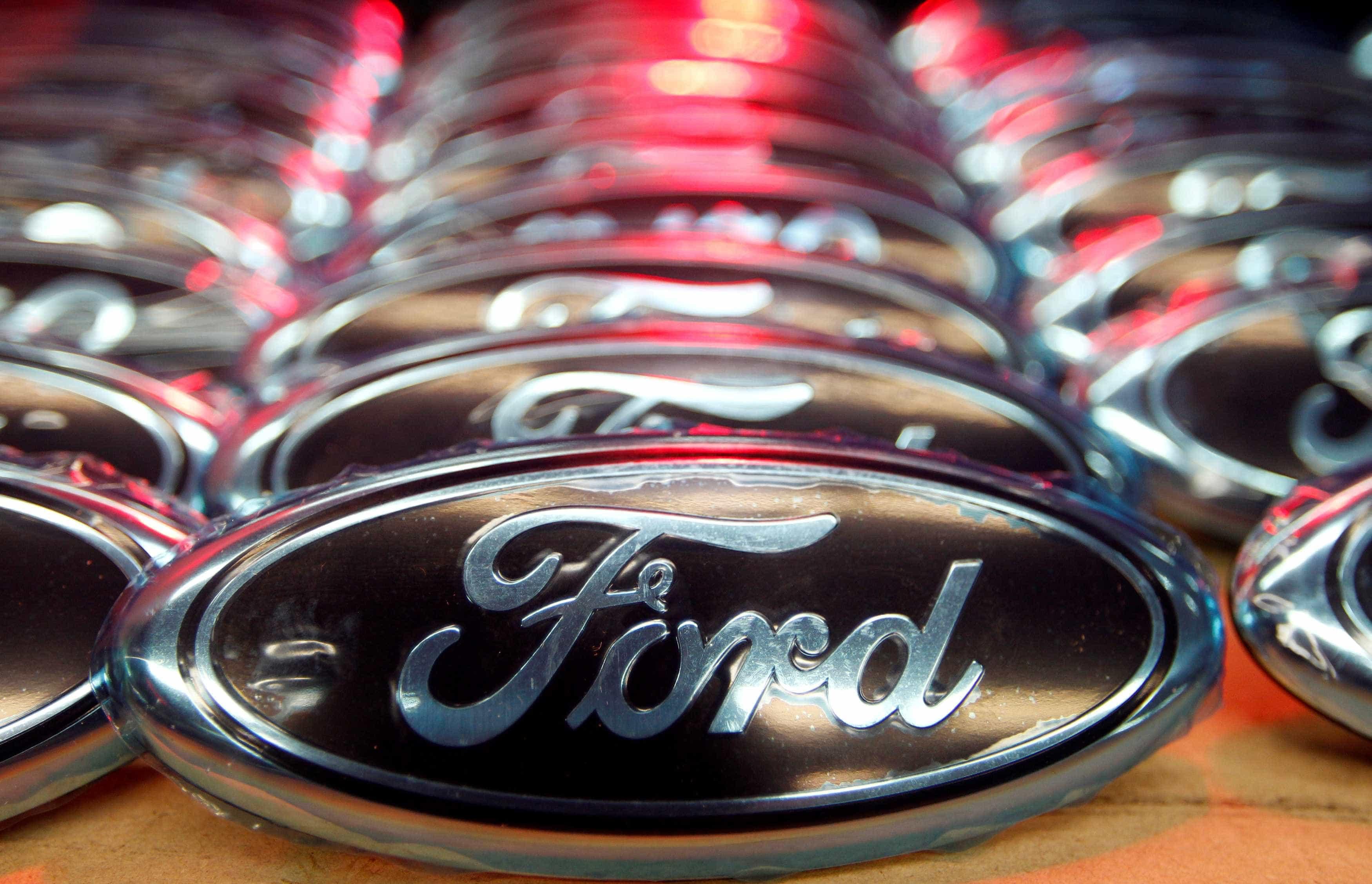 Ford vai cortar 5.000 postos de trabalho na Alemanha