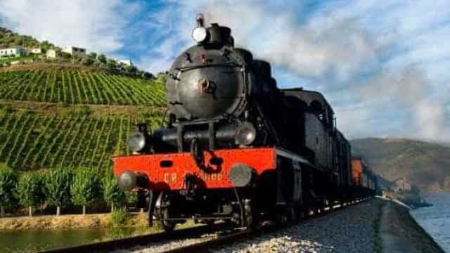 Comboios com fins turísticos ou históricos vão ter seguro de 10 milhões