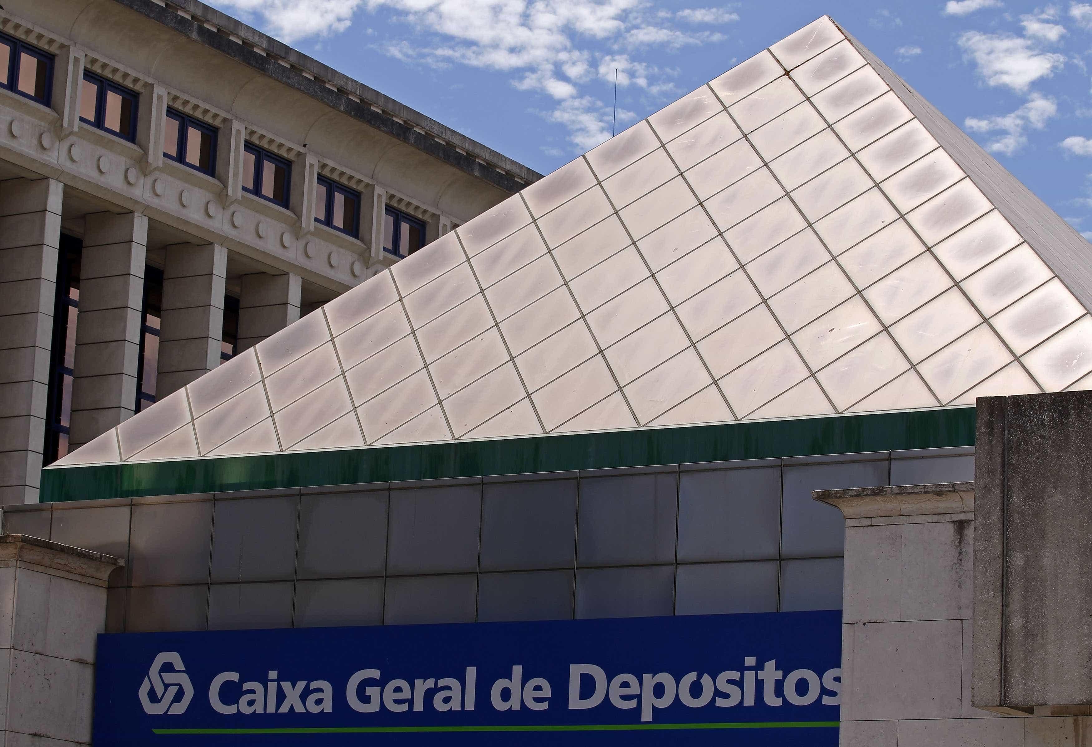 CGD: Aprovada audição de Carlos Costa, Vítor Constâncio e auditores da EY