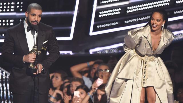 Drake lamenta não ter tido um filho com Rihanna