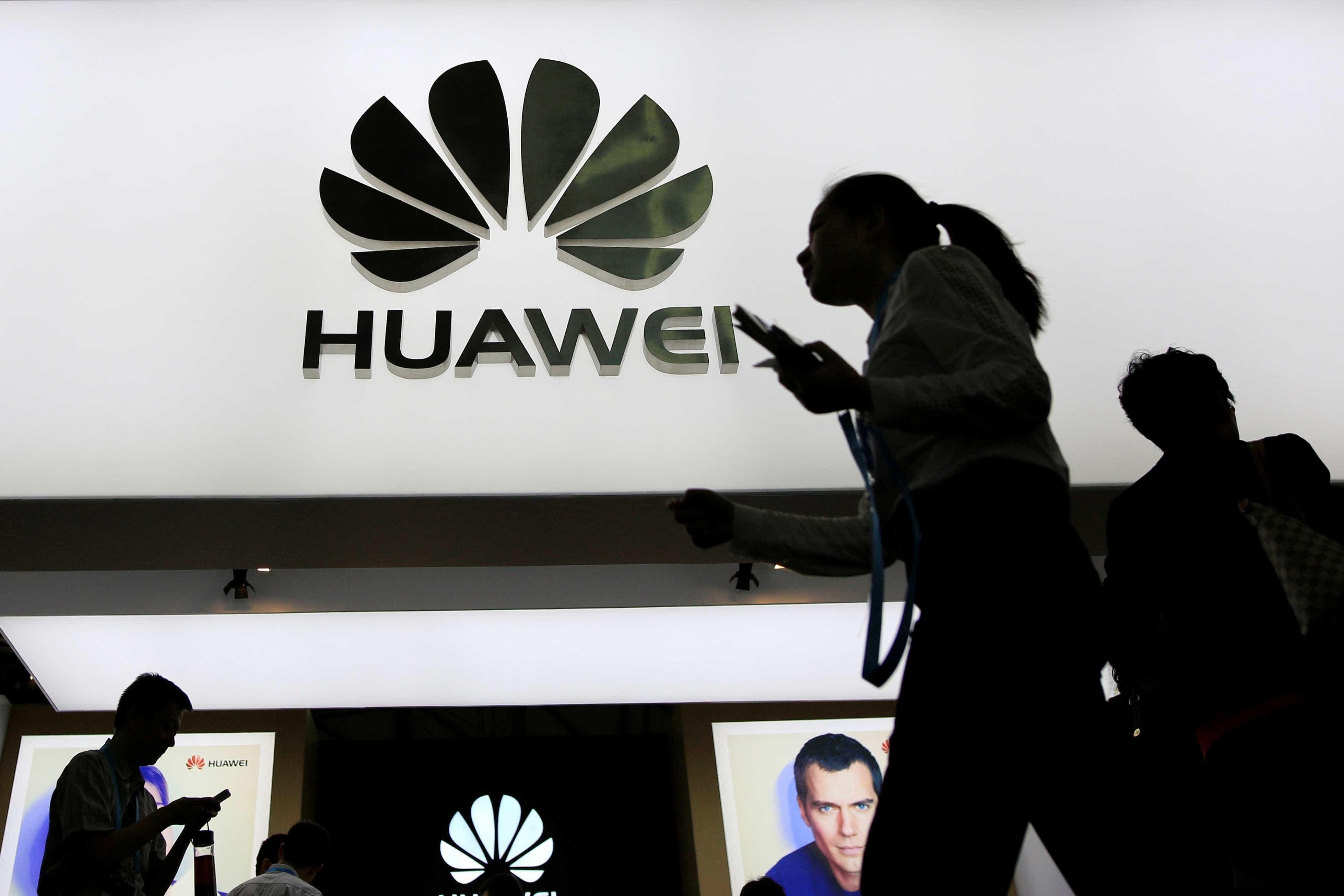 Comissário de tecnologia da União Europeia admite preocupação com Huawei