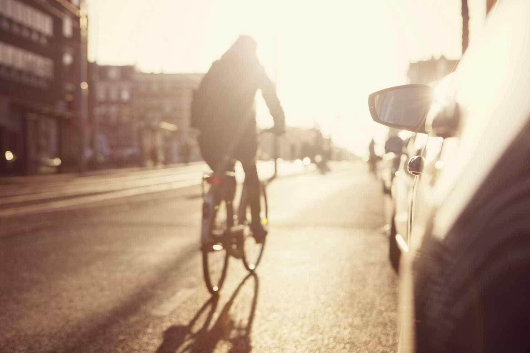 AR recomenda medidas para reduzir risco rodoviário para peões e ciclistas
