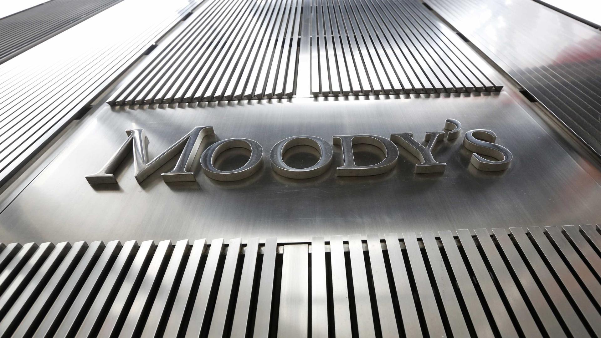 Moody's sobe 'rating' da dívida sénior de longo prazo da CGD para Baa2