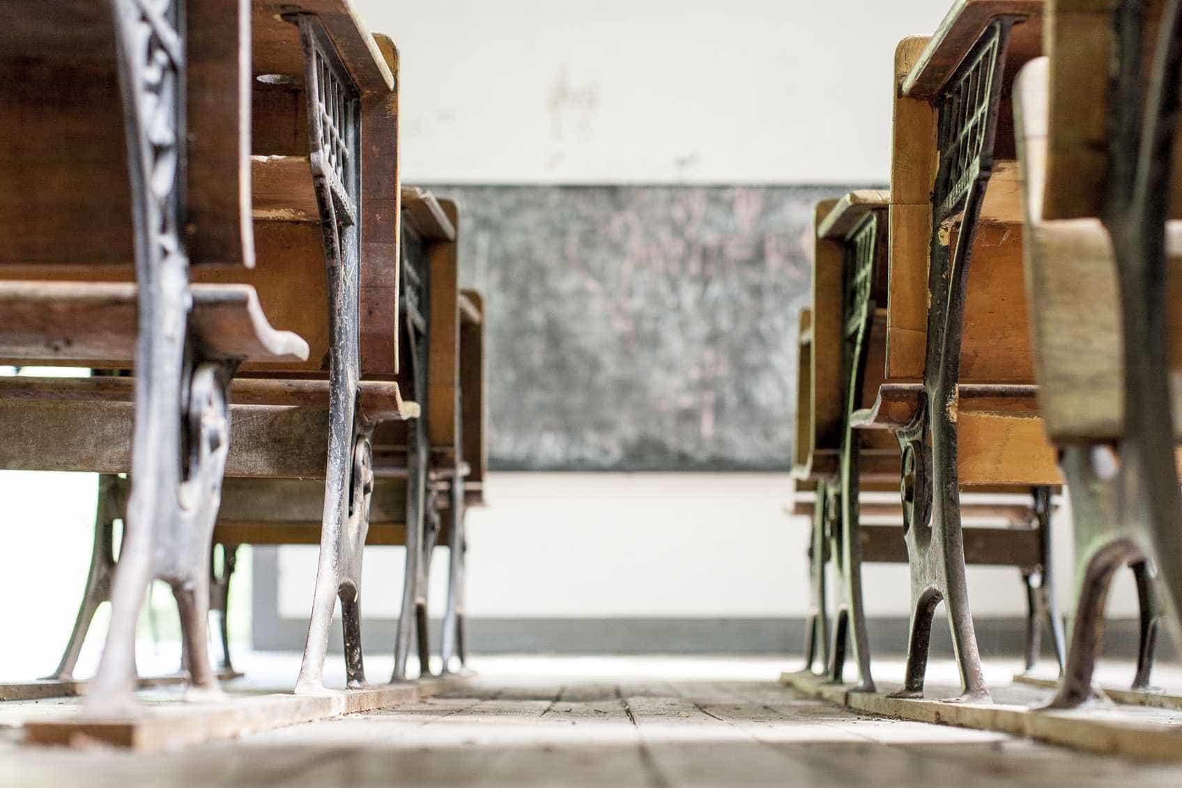 Nesta escola, os alunos não podem falar nos corredores