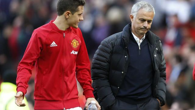 """Herrera nega 'cama feita' a Mourinho: """"Acredito na honestidade de todos"""""""