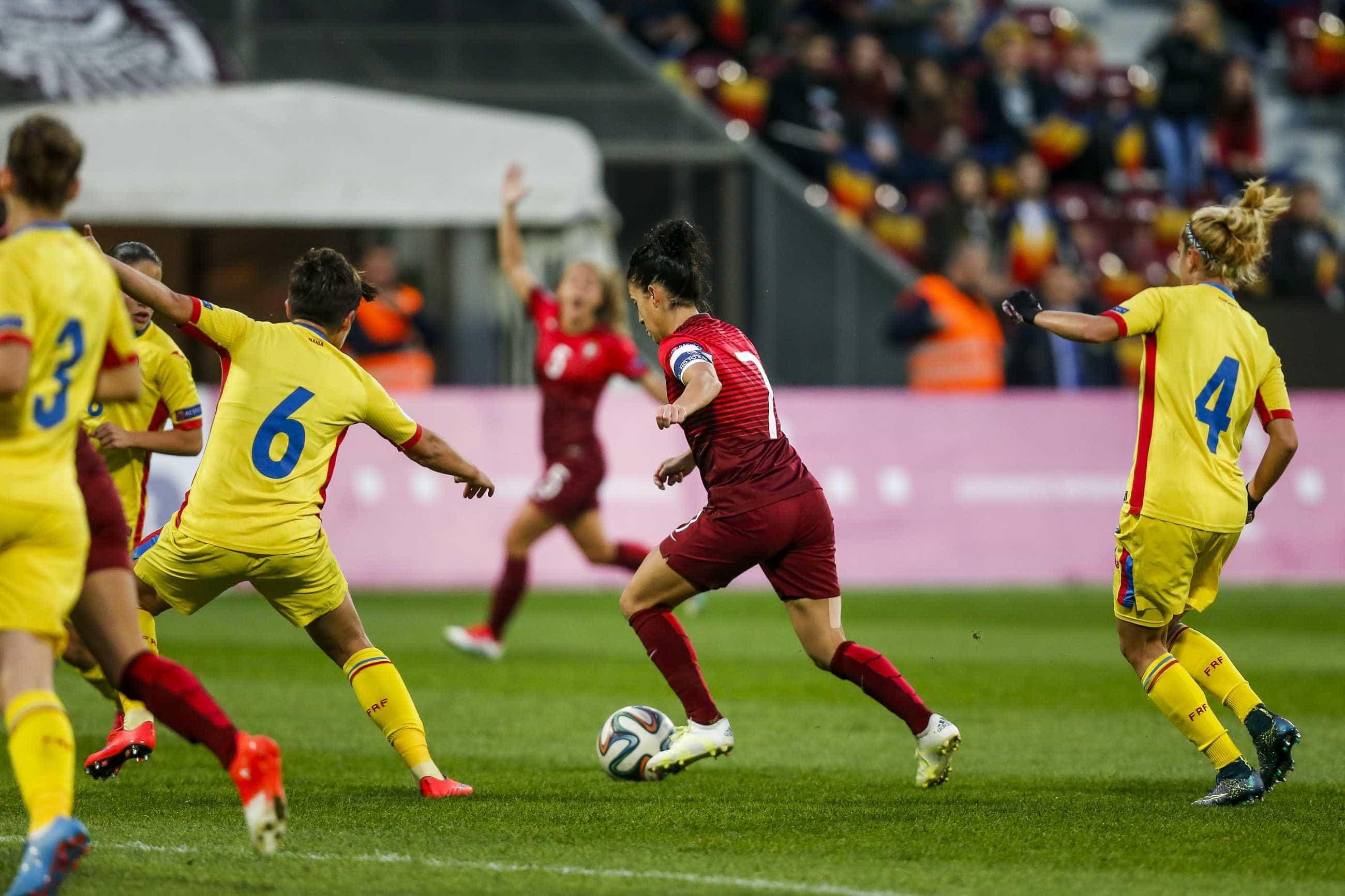Coreias entre as candidatas a receber Mundial de futebol feminino de 2023