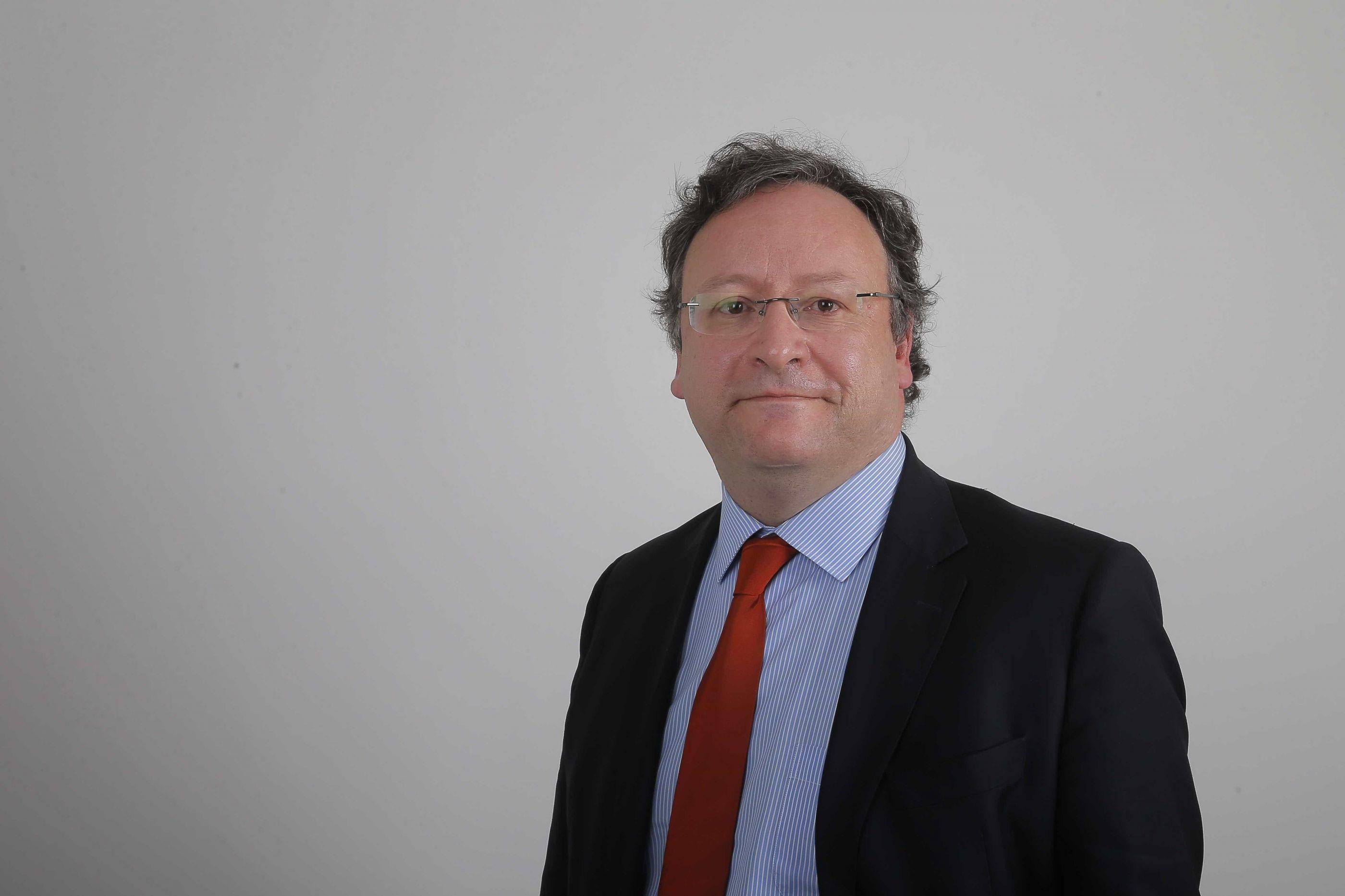 Impedido de participar em debate, Francisco Assis demite-se de cargo
