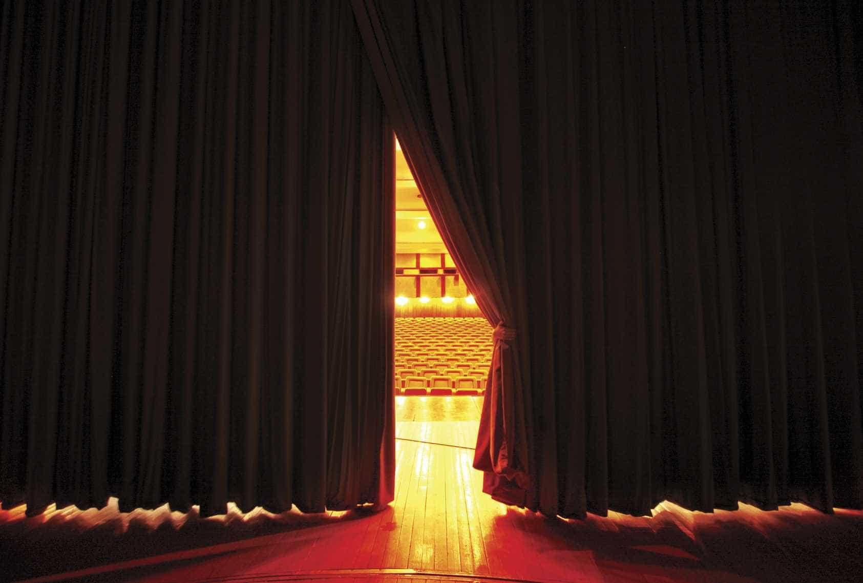 Teatro Garcia de Resende em Évora com mais de 100 iniciativas este ano