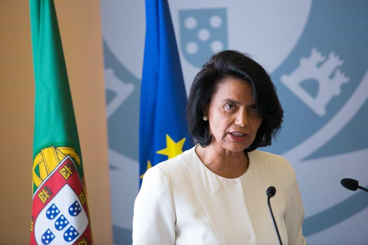 """Teresa Morais questiona se será razoável """"silenciamento de deputados"""""""