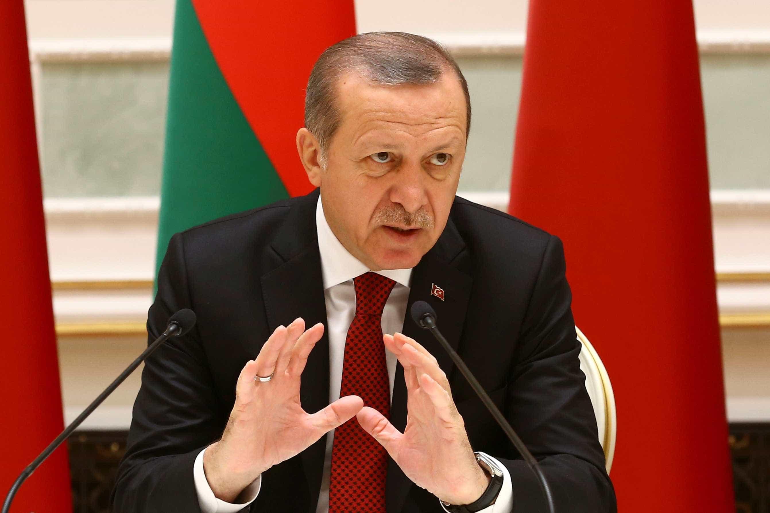 """Erdogan quer renomear antiga basílica como """"mesquita de Santa Sofia"""""""