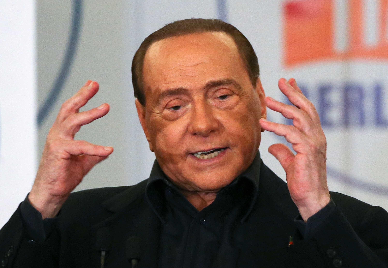 Itália investiga possível envenenamento de testemunha contra Berlusconi