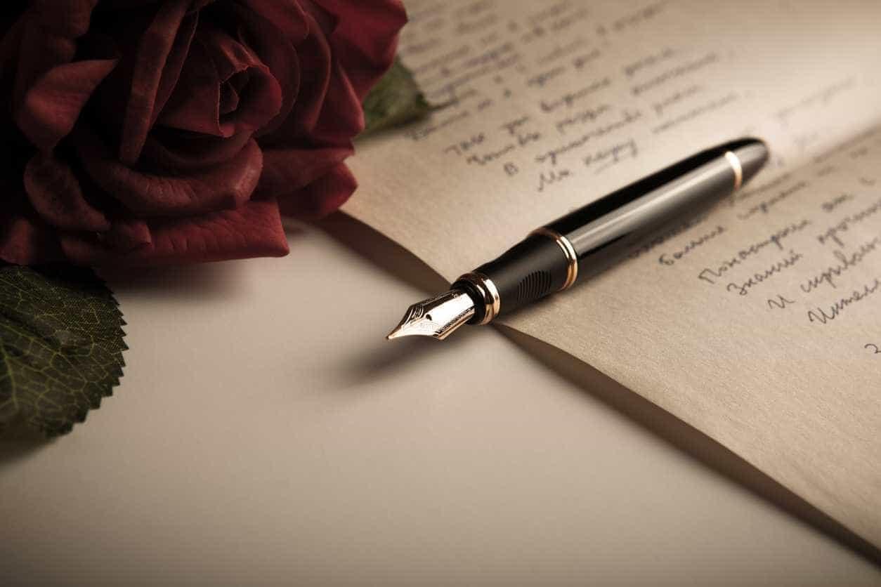 Uma antologia de haikus e dois livros portugueses no mês da poesia