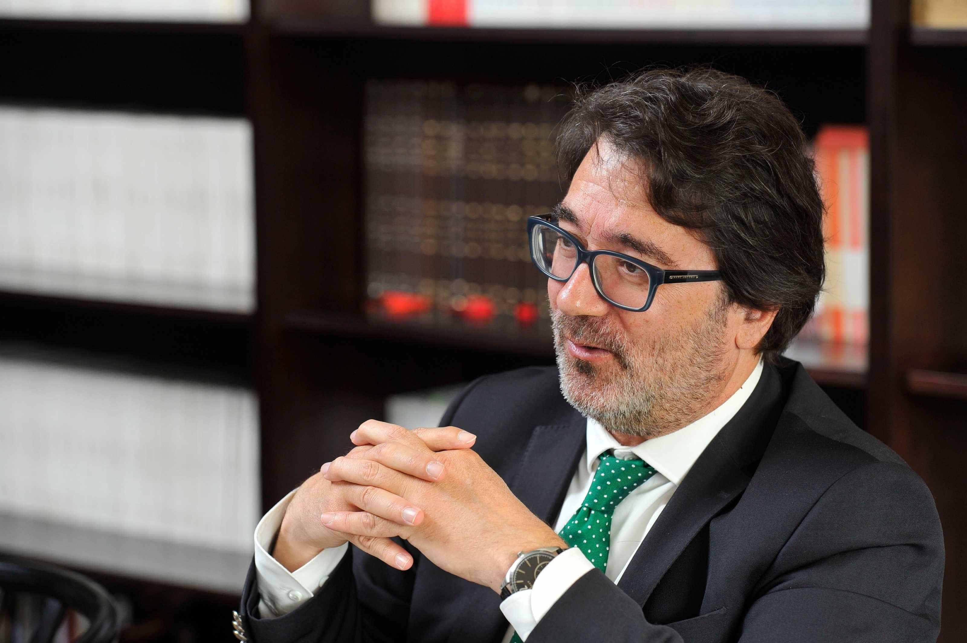 Ordem dos Advogados avança para ajudar lesados do BES e Banif