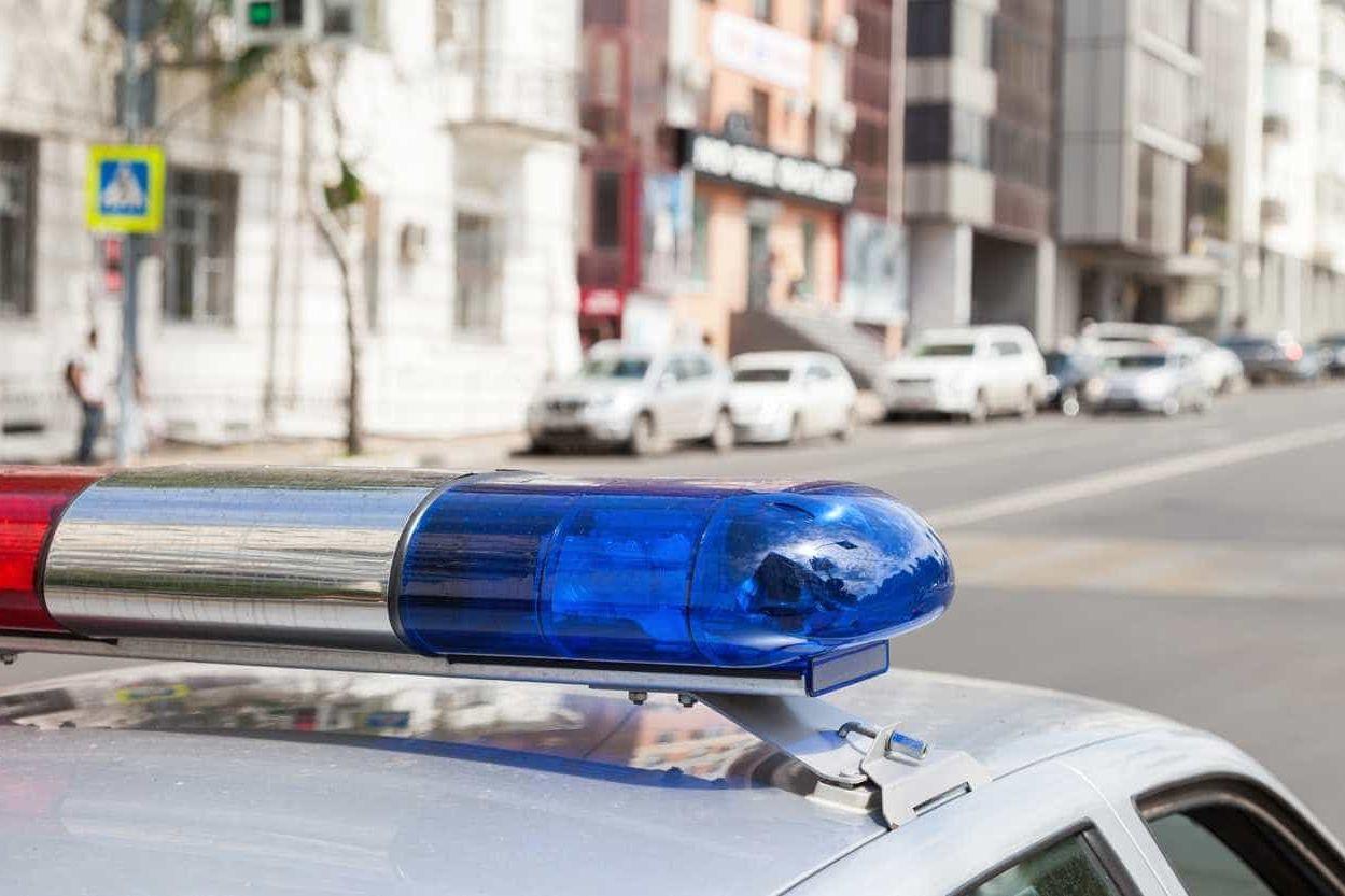 Polícia morto em serviço homenageado por reclusos nos EUA