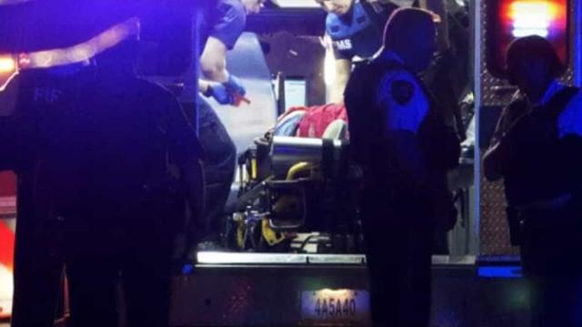 Chão de apartamento desaba durante festa e faz 30 feridos