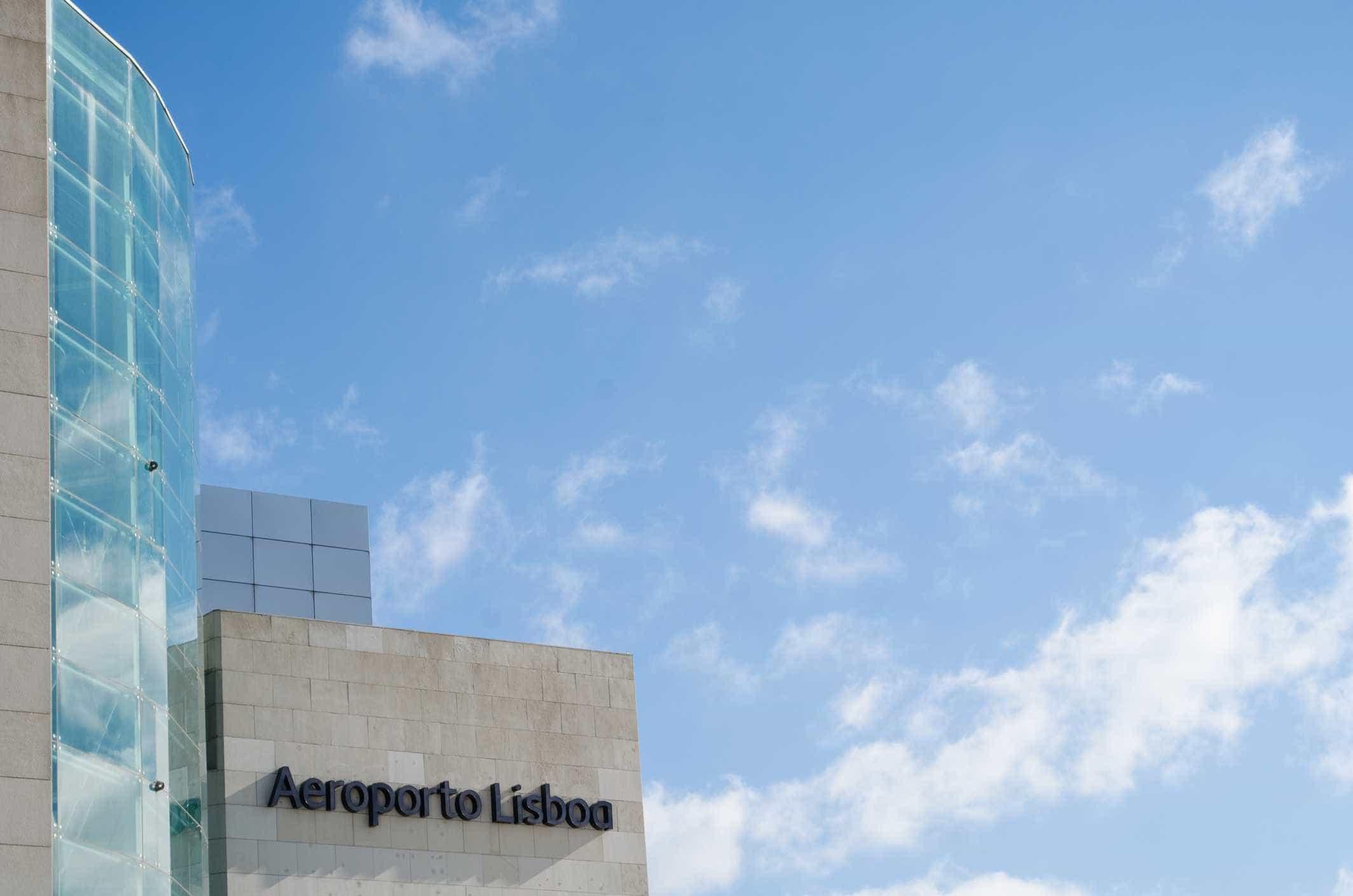 Plenário de inspetores do SEF condiciona controlo no aeoporto de Lisboa