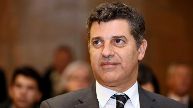 Caldeira Cabral sai com polémica escolha para vogal da ERSE acesa