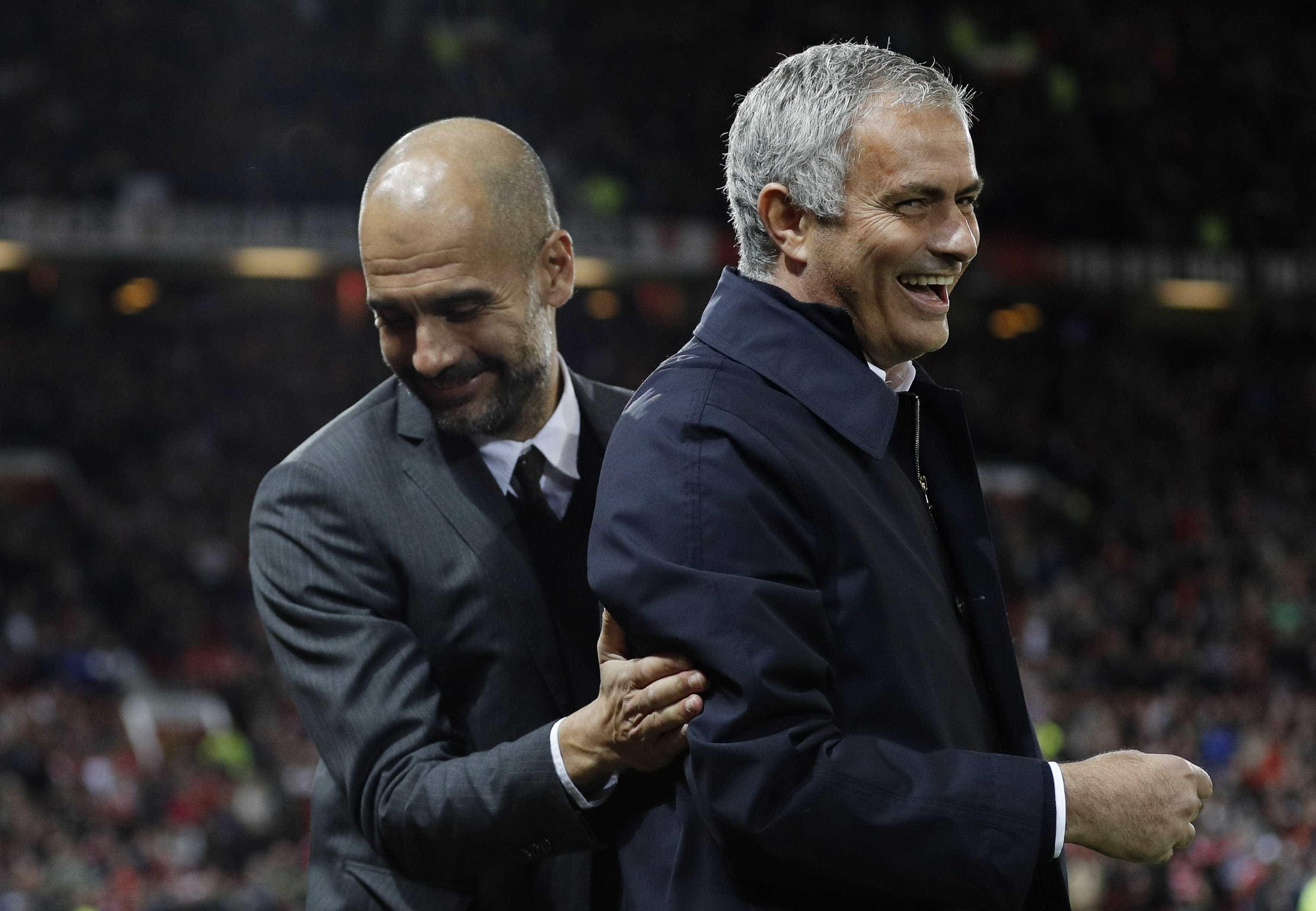 """Mourinho atira-se ao City: """"Se preciso de um lateral e compro quatro..."""""""