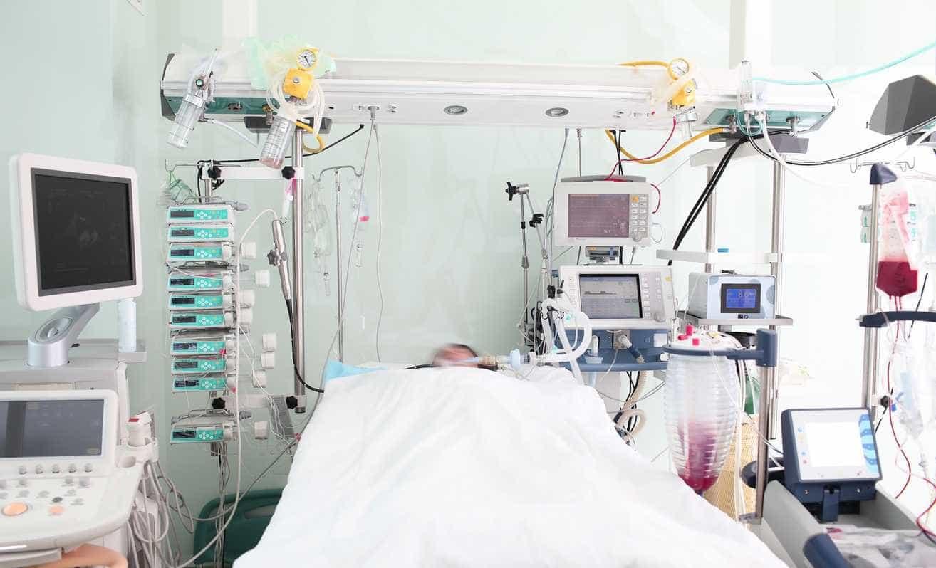 Após 27 anos em coma, mulher acorda e chama pelo filho