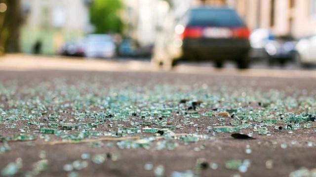 Colisão faz quatro feridos em Santarém.Via cortada nos dois sentidos