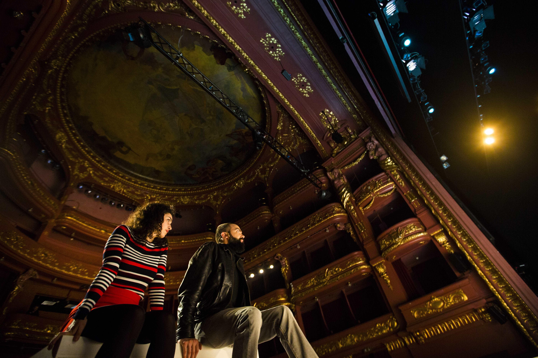 Companhia Cão Solteiro desvenda uma 'Mise en abyme' no Teatro S. Luiz