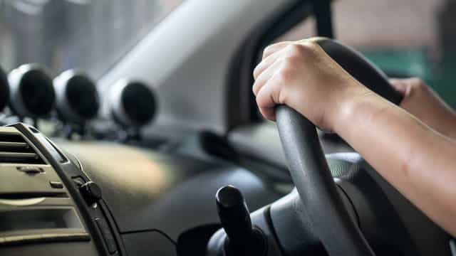 Um carro parado tem de ter seguro? A DECO responde