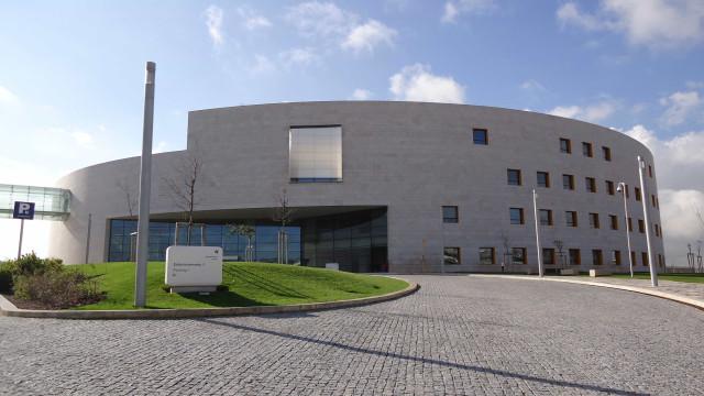 """Descarga da Fundação Champalimaud para o Tejo é na verdade """"água e lama"""""""