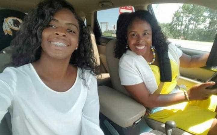 Mulher que descobriu filha raptada há 20 anos lamenta tê-la encontrado