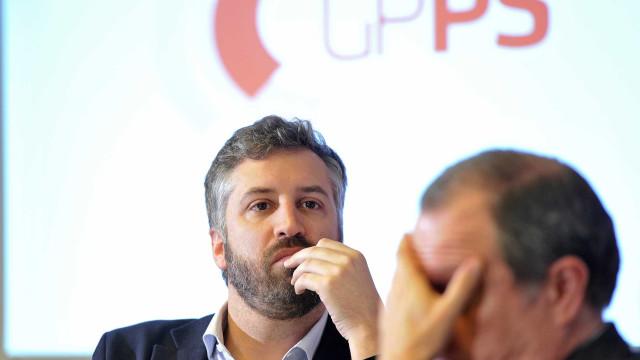 """Pedro Nuno Santos, """"jovem turco"""" do PS que aspira suceder a Costa"""