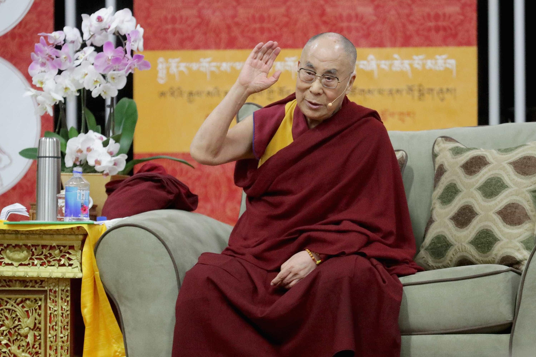 Dalai Lama foi hospitalizado com infeção no peito