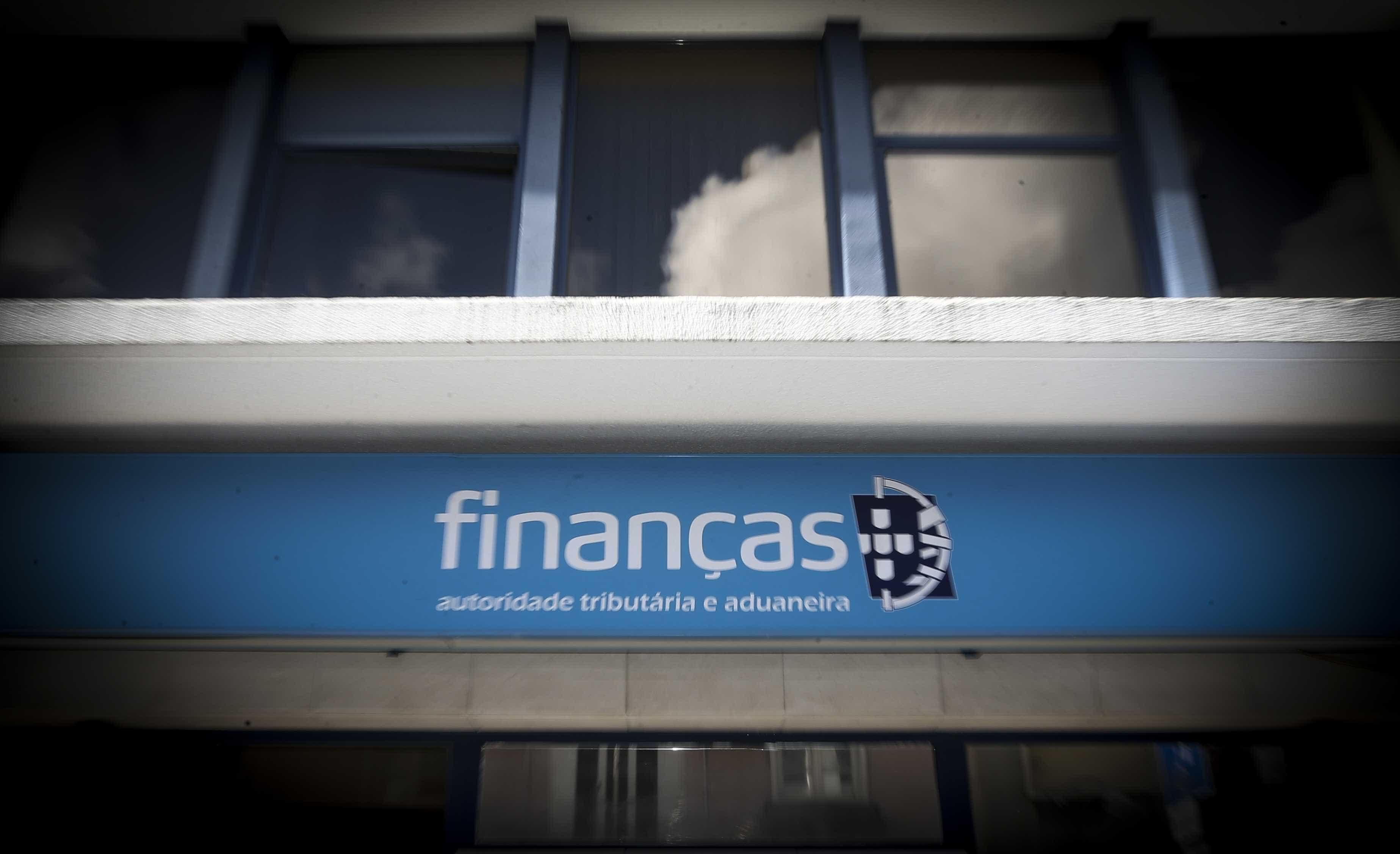 Fisco esclarece. Contribuintes não têm de declarar contas Revolut no IRS